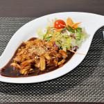 POLLO YAKI - Pollo alla piastra con cipolla in salsa yakitori