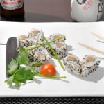SAKE URAMAKI - Rotolo con salmone e avocado