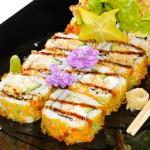 SOFTSHELL MAKI - tempura di granchio morbido con avocado e tobiko