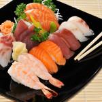 SUSA Sushi Sashimi - 8 nigiri, 8 fettine di sashimi misto