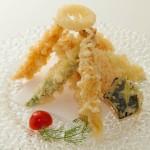 TEMPURA MORIAWASE - Gamberoni e verdure miste fritti con pastella leggera